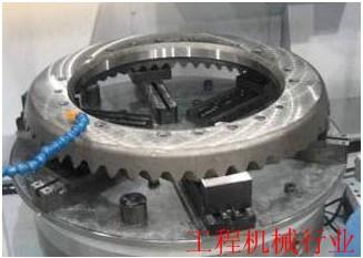 太阳工机数控立式磨床在工程机械行业的应用